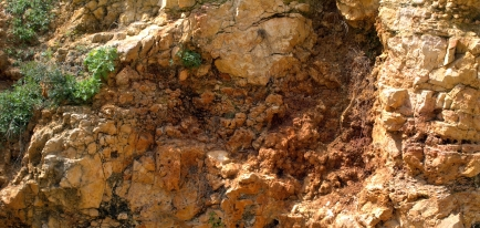 jerusalem_stone_in_the_rough.jpg